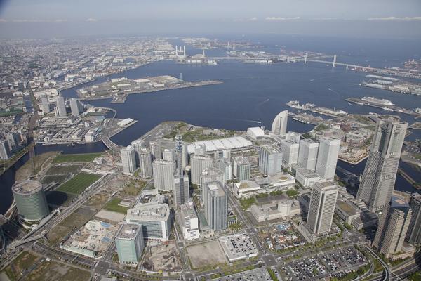 横浜に3万人 5・3憲法集会 戦争・原発・貧困・差別を許さない_f0212121_2332271.jpg