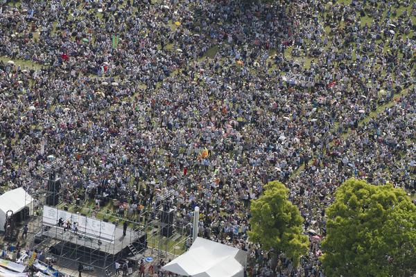 横浜に3万人 5・3憲法集会 戦争・原発・貧困・差別を許さない_f0212121_23374738.jpg