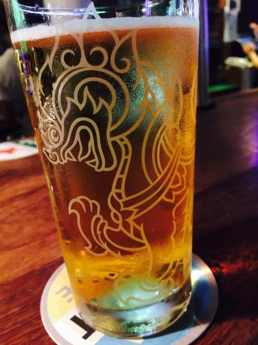 2015 GW バンコク (7) このスィンのグラス欲しい。_f0062122_18475126.jpg