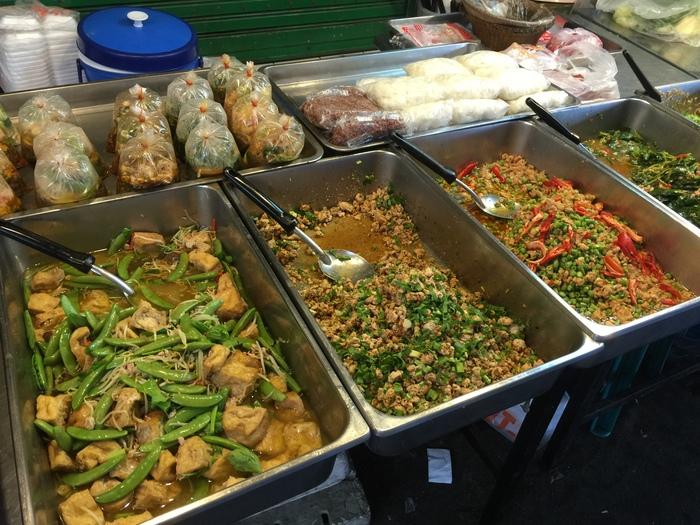 2015 GW バンコク (6) 朝のトンローで炒飯@コンセーリー_f0062122_88247.jpg