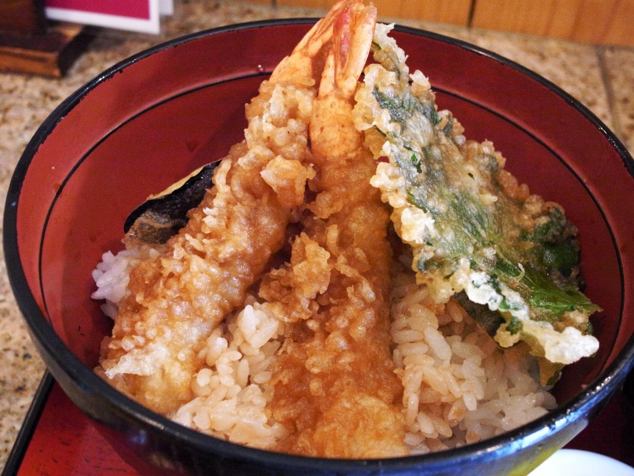天丼としての一体感を取るか、天ぷらとしてのクオリティを取るか_f0195971_10000946.jpg