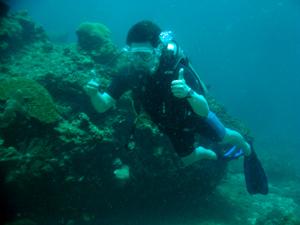 今日はみんなでピピ島ダイビング!!_f0144385_23340202.jpg