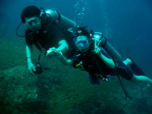 今日はみんなでピピ島ダイビング!!_f0144385_23340230.jpg