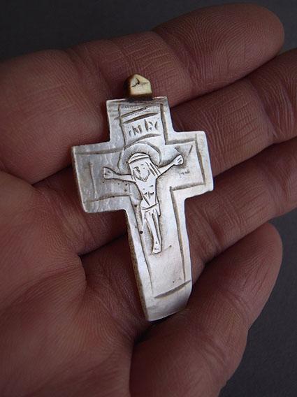 十字架_e0111789_10301810.jpg