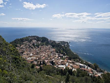 イタリア本島からシチリアへ。_f0245594_15143212.jpg