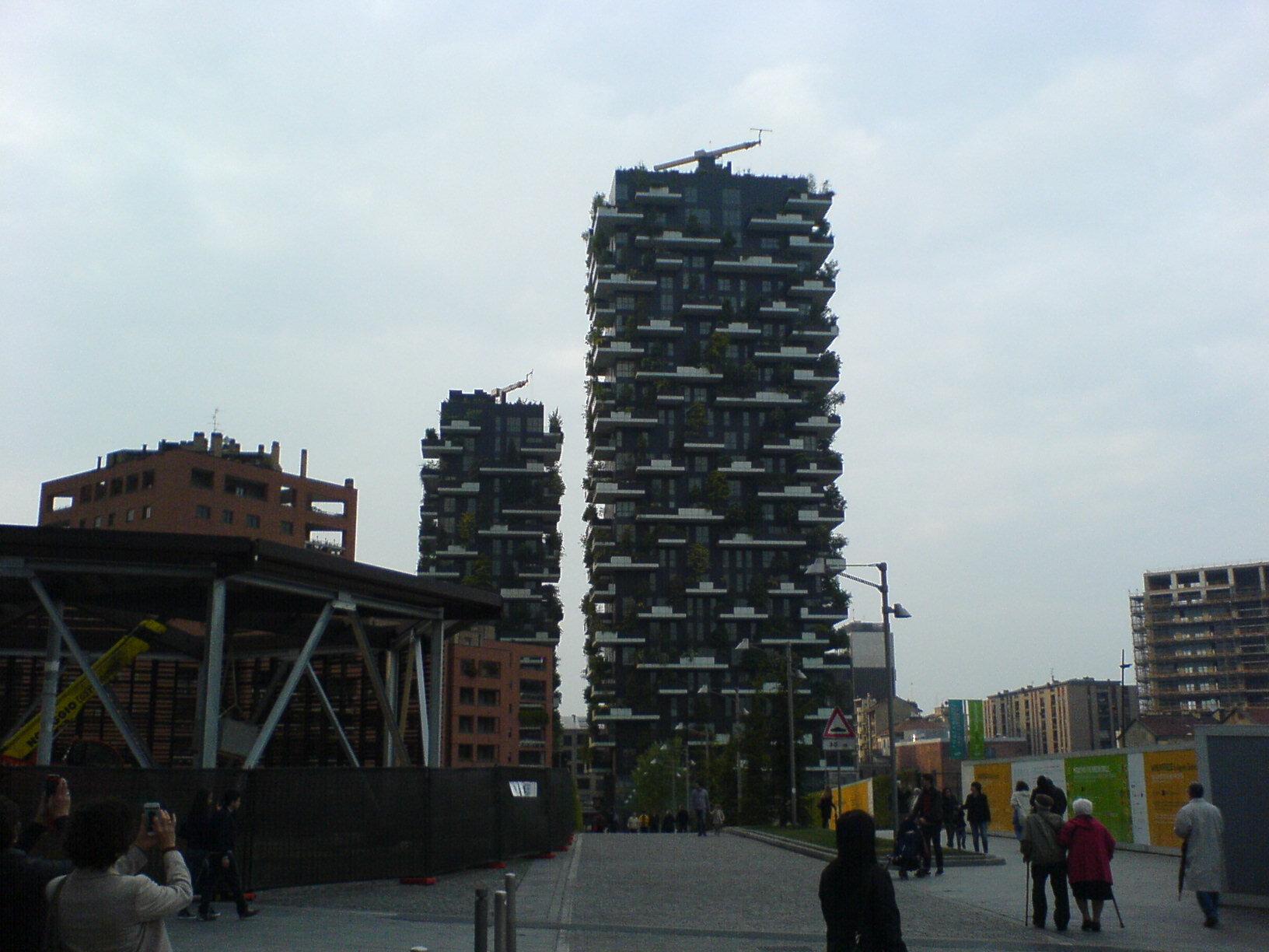 ミラノがどんどん好きになる。この10年で本当のデザイン都市になった印象。_c0061896_6335984.jpg