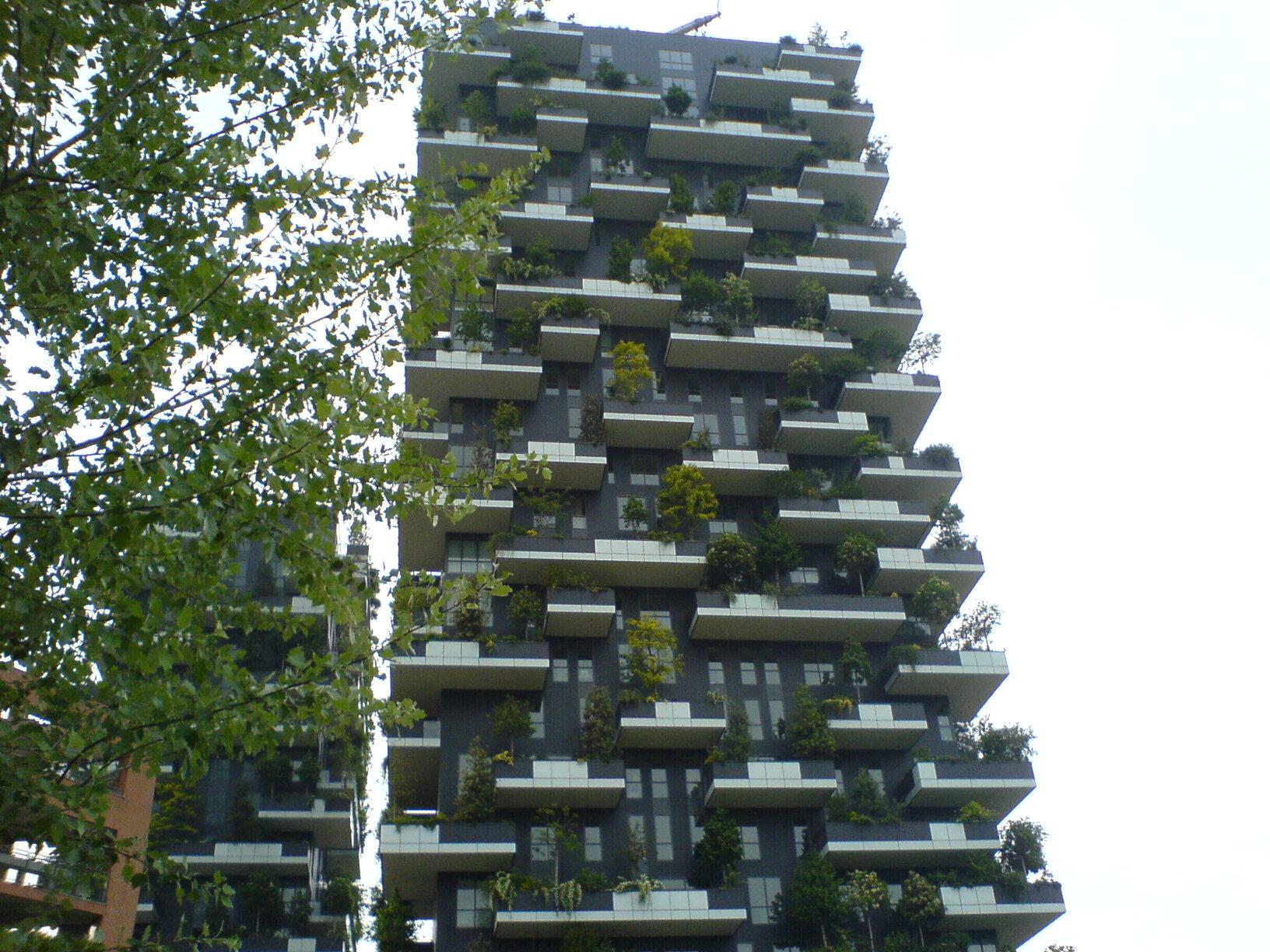 ミラノがどんどん好きになる。この10年で本当のデザイン都市になった印象。_c0061896_6344773.jpg