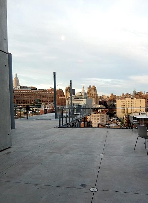 NYに新しいホイットニー美術館(Whitney Museum of American Art)がついにオープン!!!_b0007805_10411933.jpg