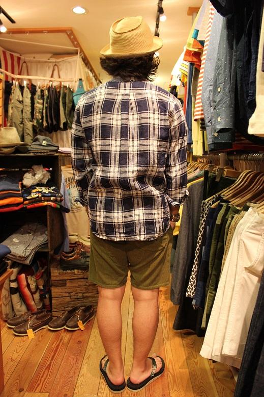 "melple \""使えるシャツ & 一目惚れしたTシャツ\"" ご紹介_f0191324_9292343.jpg"