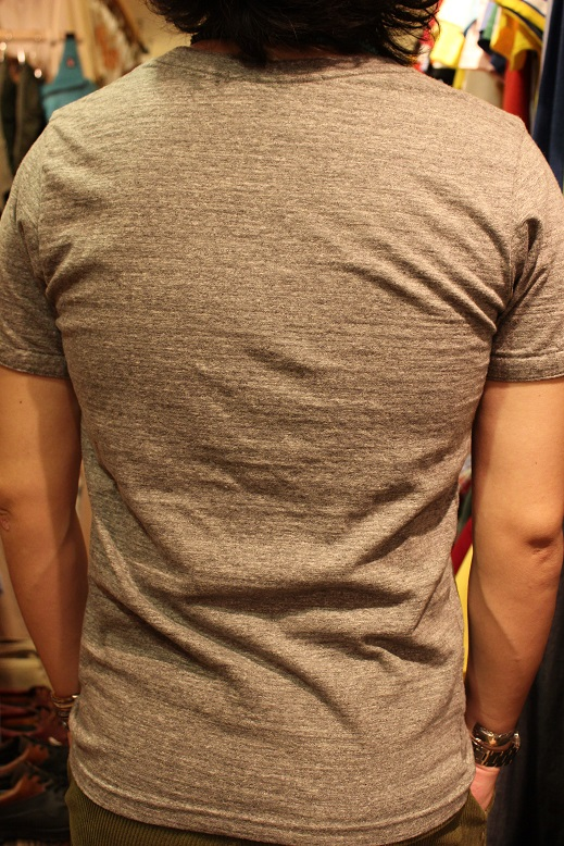"melple \""使えるシャツ & 一目惚れしたTシャツ\"" ご紹介_f0191324_93113100.jpg"