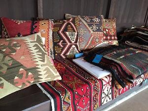 遊牧民の手織物展_f0233340_14493673.jpg