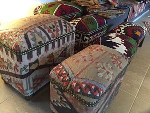 遊牧民の手織物展_f0233340_14522374.jpg