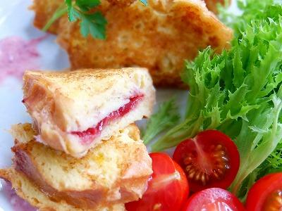 ベリーベリーチーズのフレンチトースト♪_e0175443_16245343.jpg