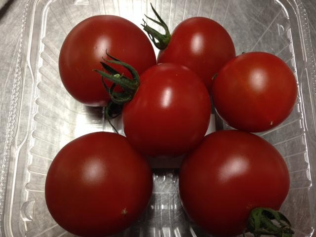 ひまわり市場のトマト_f0019247_13125556.jpg
