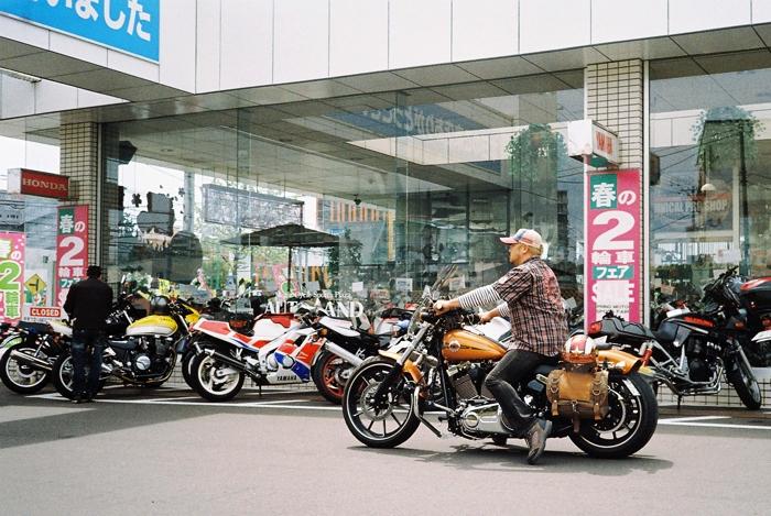 連休のバイク乗り_c0182775_1761439.jpg