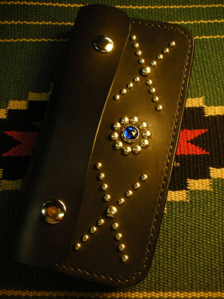 RAWHIDE Studded & Jeweled Wallet._c0187684_1536369.jpg