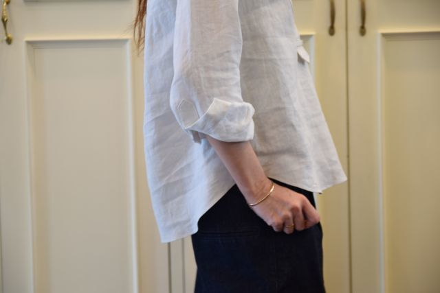 リネンの白シャツ ・・・ Scye._b0110586_19535140.jpg