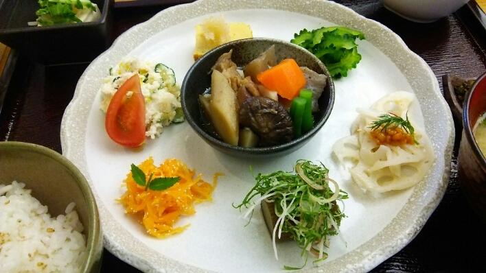 自然食カフェ菜花 @ 久留米岩田屋_c0212604_081150.jpg
