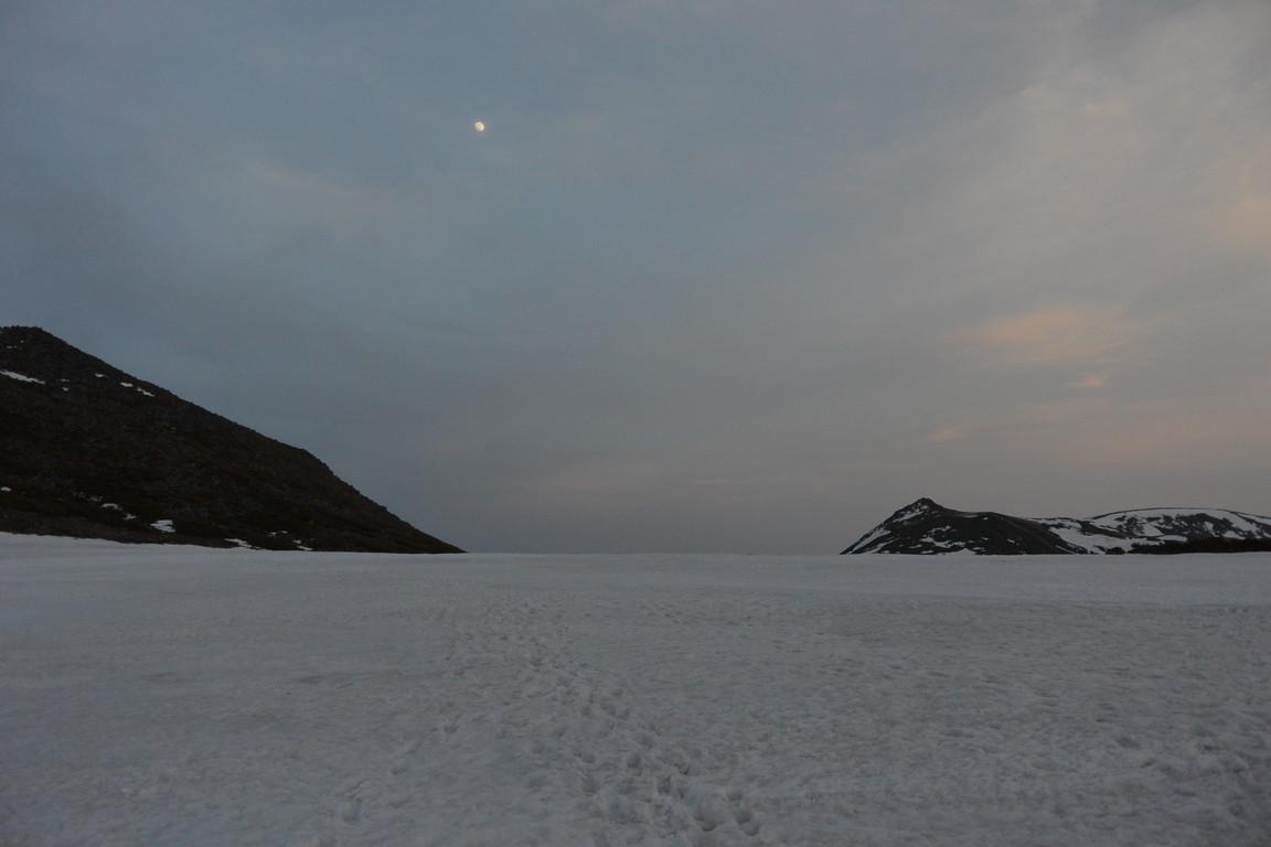 """2015年5月『残雪を求めて、その2 -大雪北鎮岳-』 May 2015 \""""Spring Ski No.2\""""_c0219616_6133038.jpg"""
