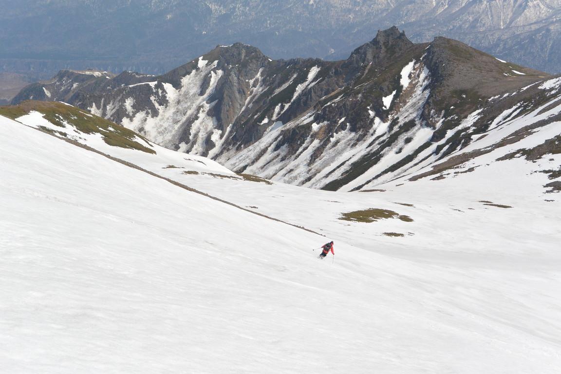 """2015年5月『残雪を求めて、その2 -大雪北鎮岳-』 May 2015 \""""Spring Ski No.2\""""_c0219616_9362585.jpg"""