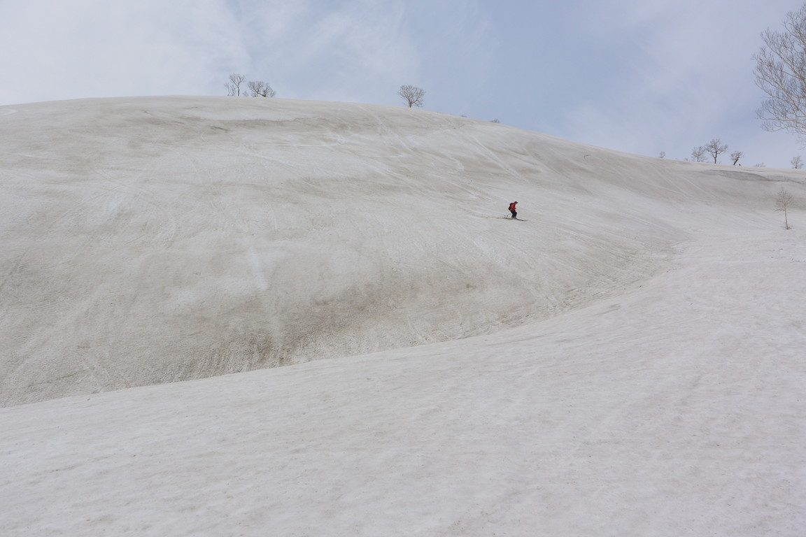 """2015年5月 『残雪を求めて、その3 -朝里岳-』  May, 2015 \""""Spring Ski No.3\""""_c0219616_9573396.jpg"""