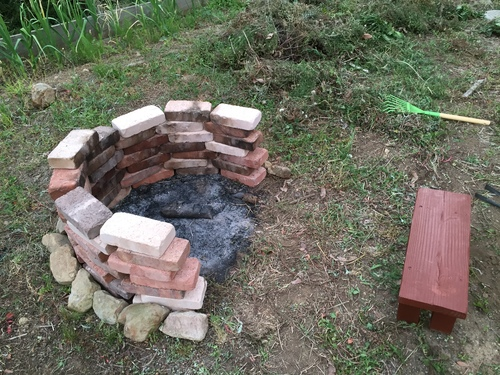 お庭にバーベキューコンロ 作ってみた_c0331145_23424233.jpg