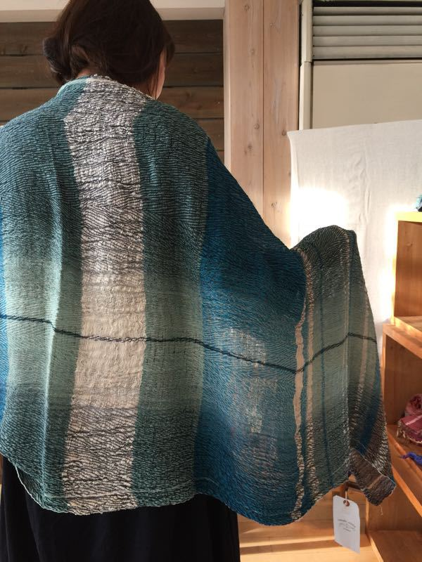 玉木新雌さん only one shawl_f0212293_1291747.jpg