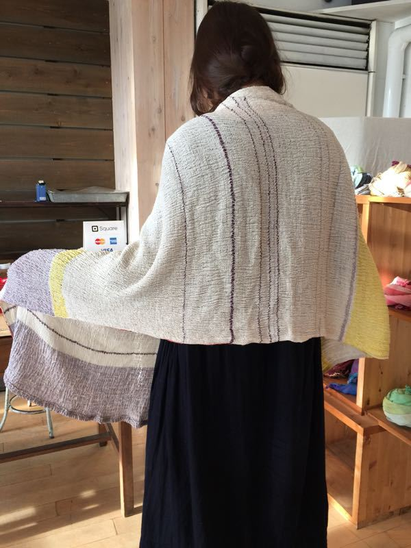 玉木新雌さん only one shawl_f0212293_1292320.jpg
