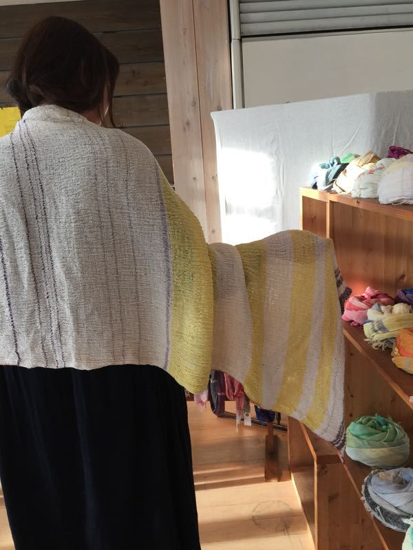玉木新雌さん only one shawl_f0212293_1292476.jpg