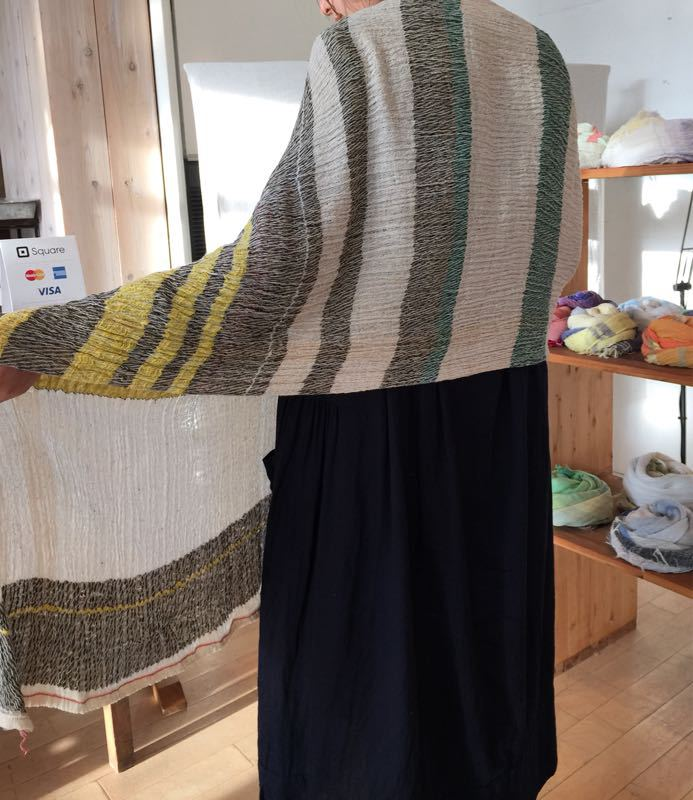 玉木新雌さん only one shawl_f0212293_1292929.jpg
