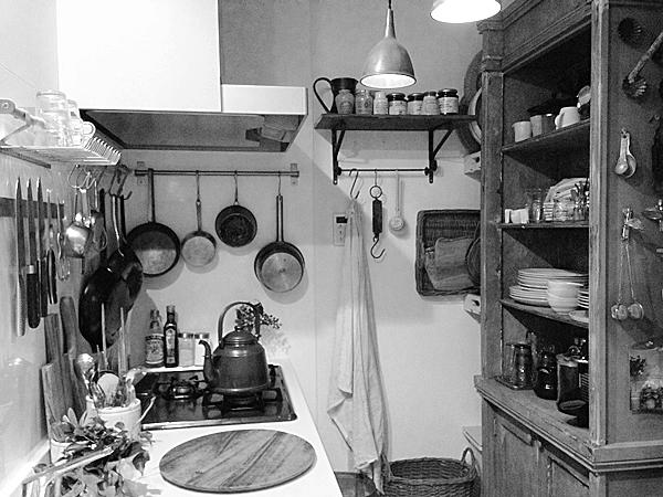 ごくごく普通の朝ごはん。 そして我が家のキッチン*_e0172847_18525125.jpg