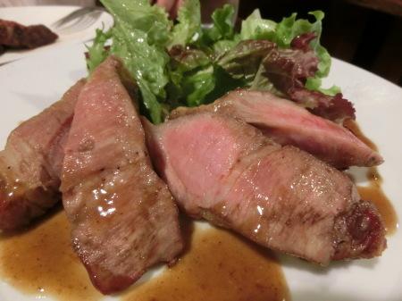 GW食べ歩き 牛肉三昧_b0190666_22004585.jpg