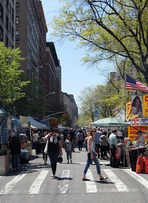 今年もニューヨークに、ストリート・フェアの季節がやってきました(5月開催情報付)_b0007805_516838.jpg