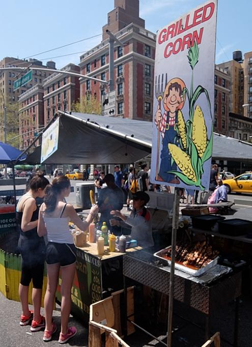 今年もニューヨークに、ストリート・フェアの季節がやってきました(5月開催情報付)_b0007805_518910.jpg