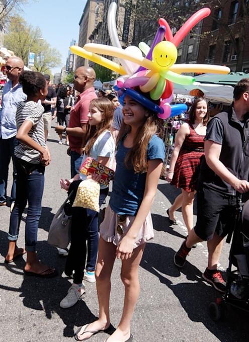 今年もニューヨークに、ストリート・フェアの季節がやってきました(5月開催情報付)_b0007805_5293085.jpg