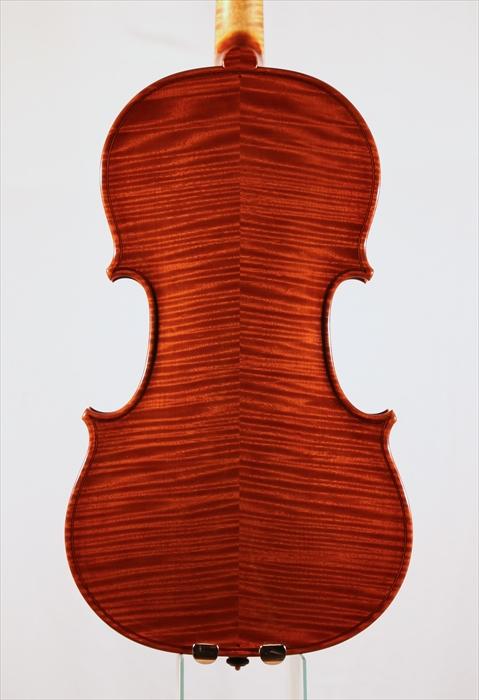 最新作ヴァイオリン、写真と動画でのご紹介。_d0047461_5262467.jpg