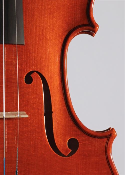 最新作ヴァイオリン、写真と動画でのご紹介。_d0047461_5274813.jpg