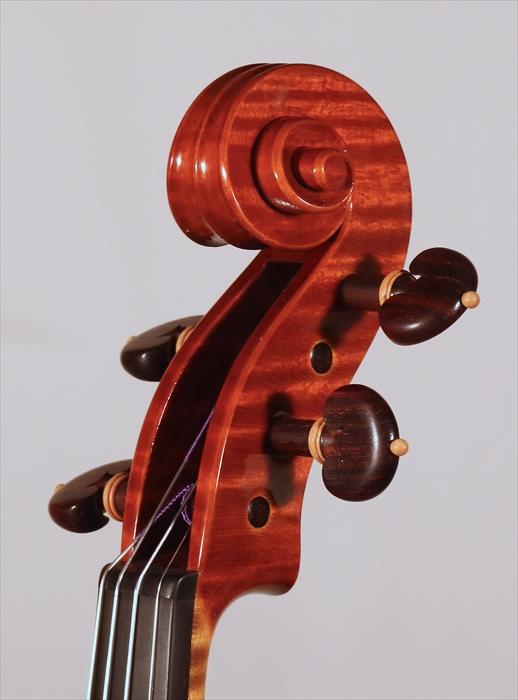 最新作ヴァイオリン、写真と動画でのご紹介。_d0047461_5372936.jpg