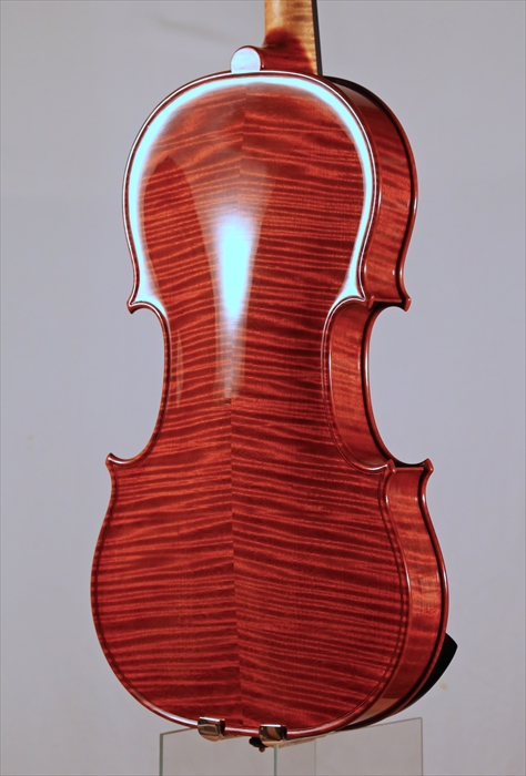 最新作ヴァイオリン、写真と動画でのご紹介。_d0047461_540135.jpg