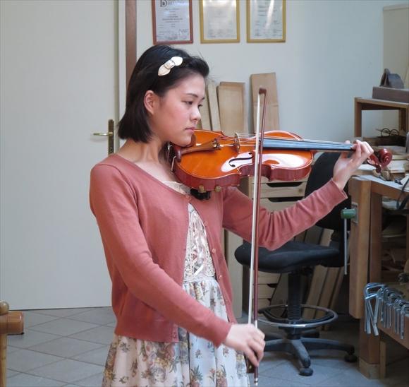 最新作ヴァイオリン、写真と動画でのご紹介。_d0047461_5493755.jpg