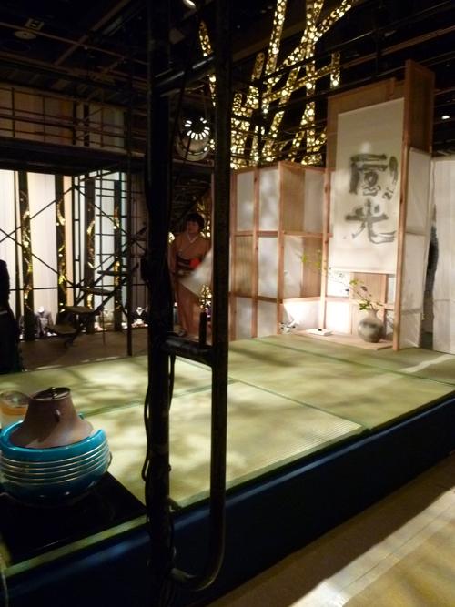 わーと日本橋・着いたらまず、素晴らしい光の茶会へ。_f0181251_1711836.jpg