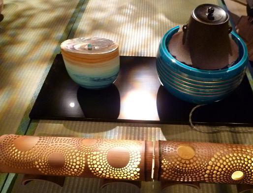わーと日本橋・着いたらまず、素晴らしい光の茶会へ。_f0181251_1743538.jpg