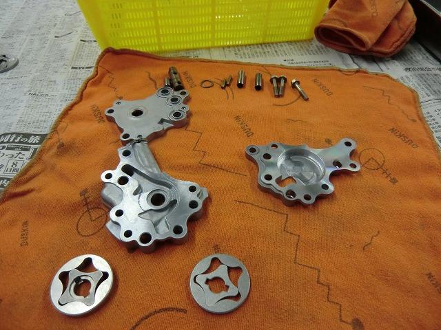 XR250 エンジン組み立てです~_e0114857_19113195.jpg
