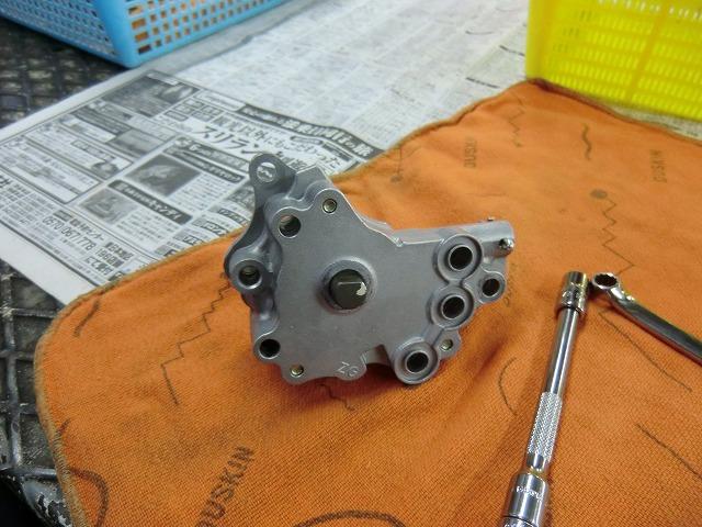 XR250 エンジン組み立てです~_e0114857_191263.jpg