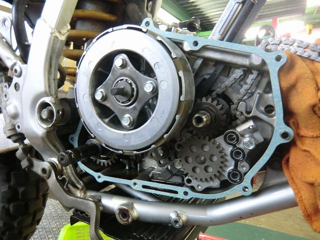 XR250 エンジン組み立てです~_e0114857_19151293.jpg