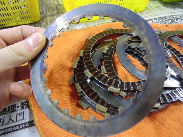 XR250 エンジン組み立てです~_e0114857_19155221.jpg