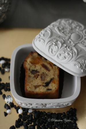 Pâtissière Yuka お菓子アルバム Ⅱ-⑪ 「Cake aux fruits」_c0138180_2135683.jpg