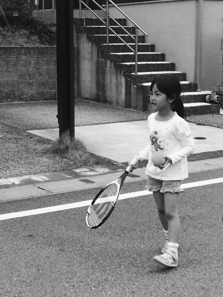 playing Tennis_d0200926_14215140.jpg