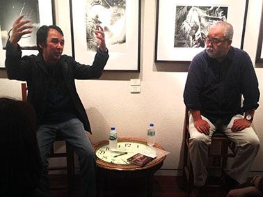 写真家の岡崎正人さんと坂川栄治さんのトークショー_f0165332_13225862.jpg