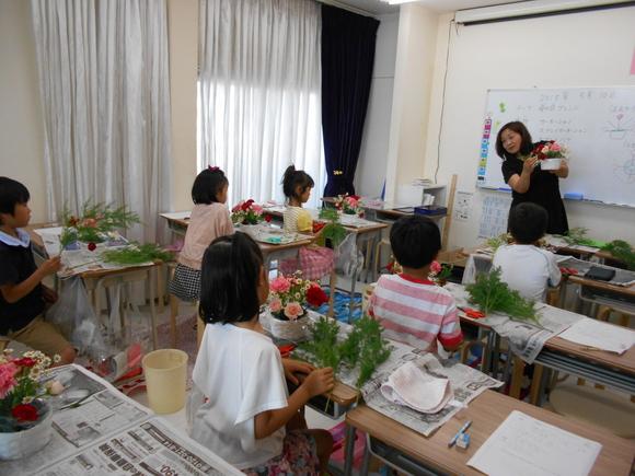 母の日♡フラワーアレンジメント教室_a0164603_8395436.jpg